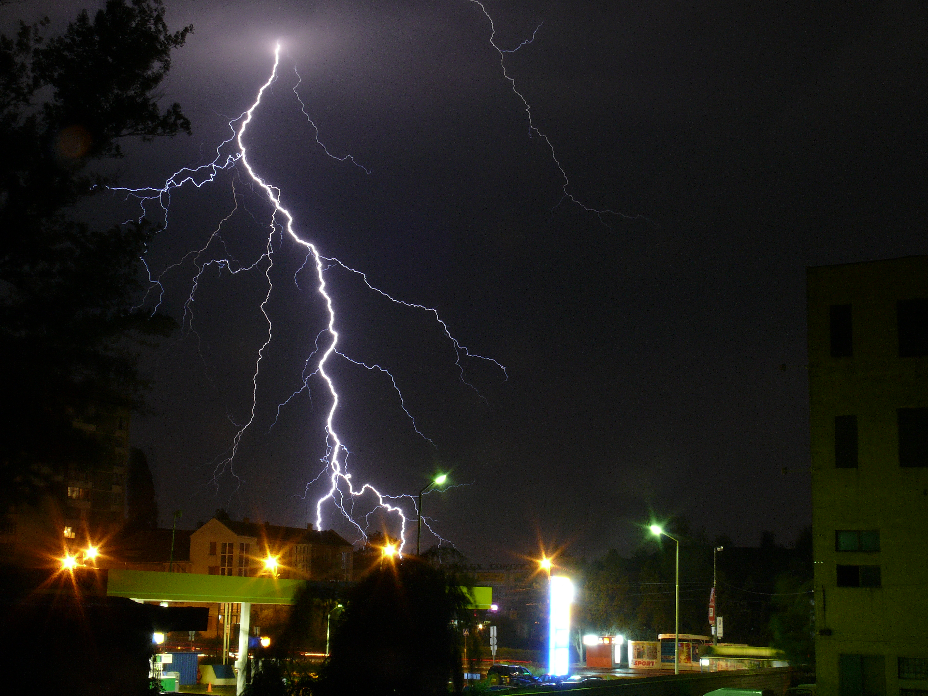 prepare for severe storms harden up