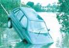 Townsville flood 1998 - Car swept away